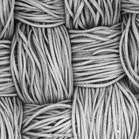 Tìm ra loại vải phù hợp nhất làm... khẩu trang