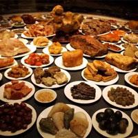 Đồ ăn thừa của Hoàng đế sau mỗi bữa ngự thiện được thái giám Tử Cấm Thành đưa đến chỗ ít ai ngờ