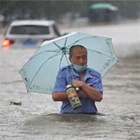 """""""Thủ phạm"""" gây mưa lũ nghìn năm có một ở Trung Quốc"""