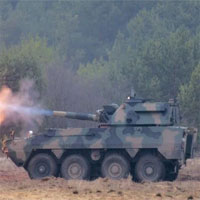 Ba Lan giới thiệu súng cối tự hành với nòng ngắn đến lạ