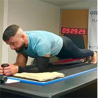 Người đàn ông phá kỷ lục plank lâu nhất thế giới