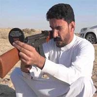 Video: Xem thiện xạ Iraq soi gương bắn trúng mục tiêu sau lưng