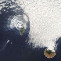 Kỳ lạ đám mây hình mắt bò trên núi lửa La Palma đang phun trào