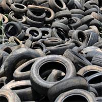 Vàng đen mới ở Nigeria: Lốp xe hơi đã qua sử dụng